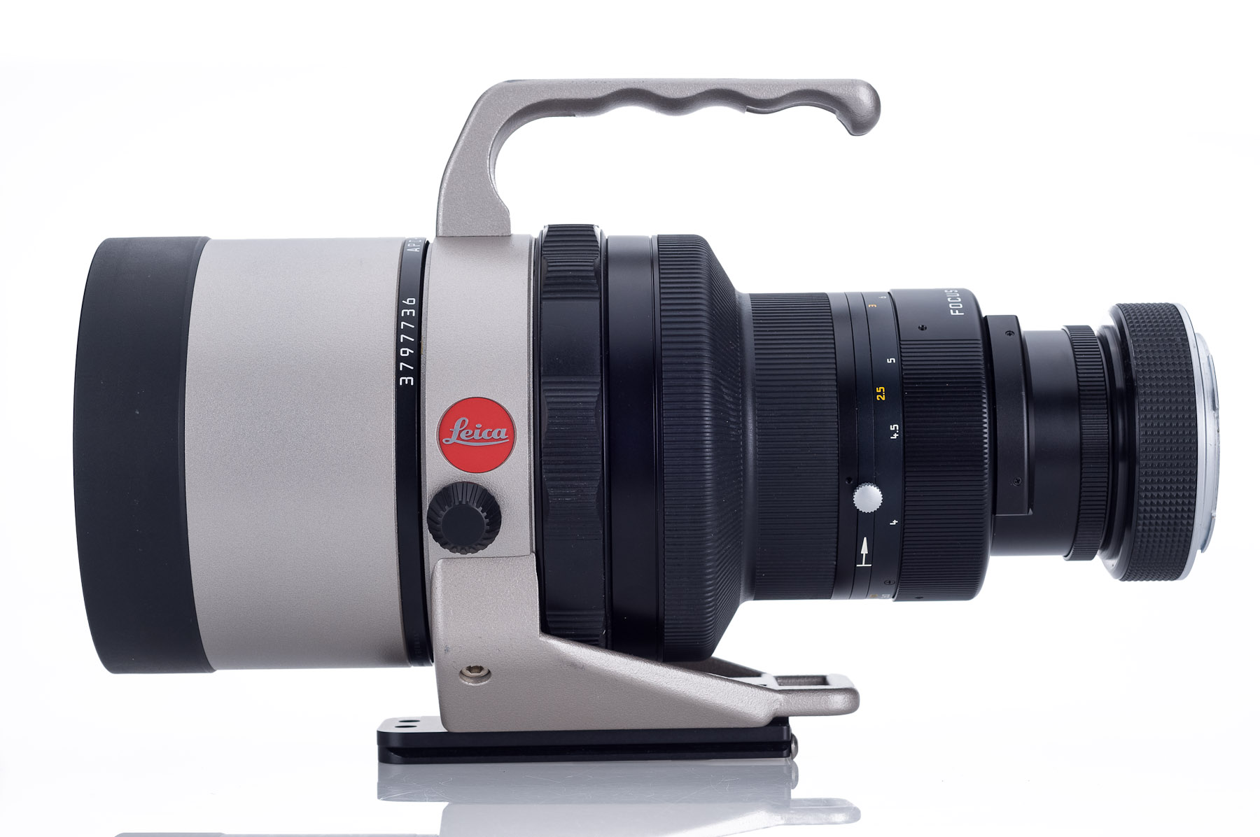 The optical quality of Leica's APO-Telyt-Modular R system is well known and  that quality is maintained even when used on the 37.5 mega pixel Leica S2  ...