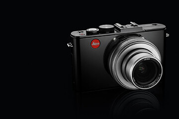 Leica D-Lux 6 glossy black_emo2