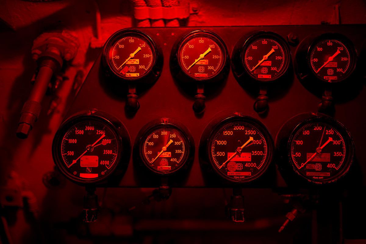 Red Light Gauges