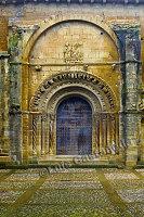 D6748 Romanesque Portico. Church of Sta. Maria. Uncastillo. Aragón. Spain