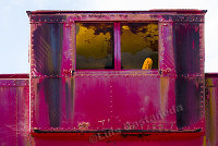 D9215 Metal Cabin