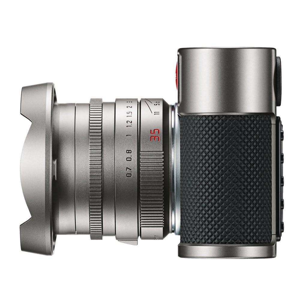 M9 Titanium left + lens hood