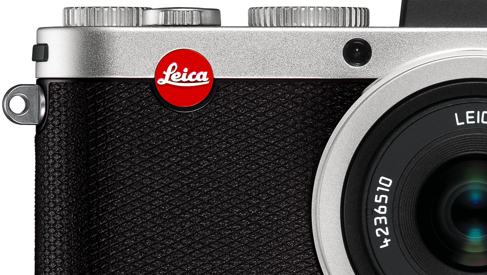 Leica_X2_Silver_covering