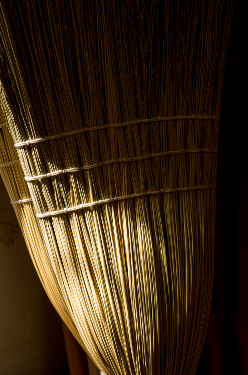Handmade broom Leica X Vario (Typ 107), 28-70mm @ 70mm, 1/400th @ f/6.4, ISO 400