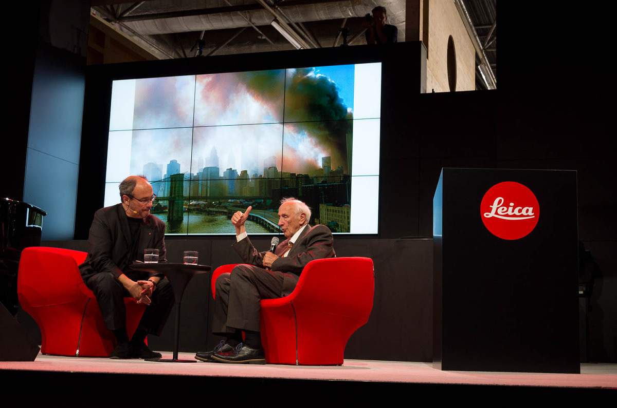 Leica Hall of Fame 2014 recipient Thomas Hoepker talks about his images with Dr. Kaufmann