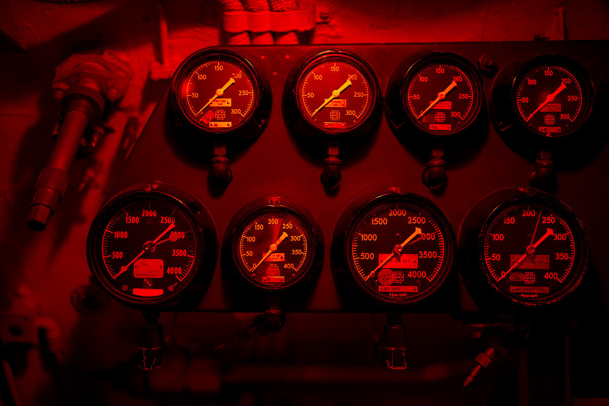 Red Light Gauges