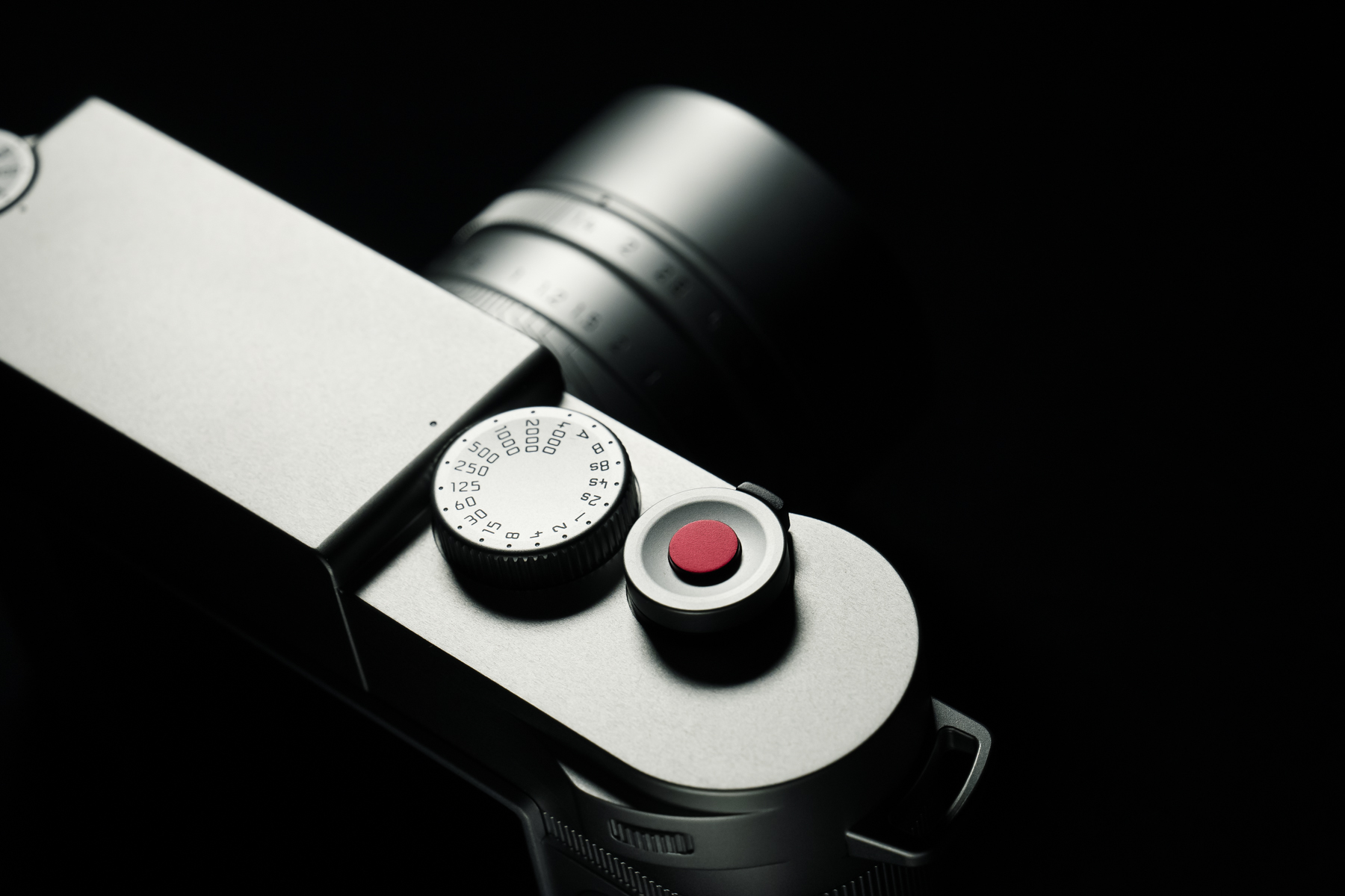 Leica Announces M10 Edition Zagato Limited Red Dot Forum 3 Complete Shades Of Collaboration Complementing The Camera And Lens Set Also Includes A Bright Bold Carrying Strap In Full Grain Leather Embossed With Logotype