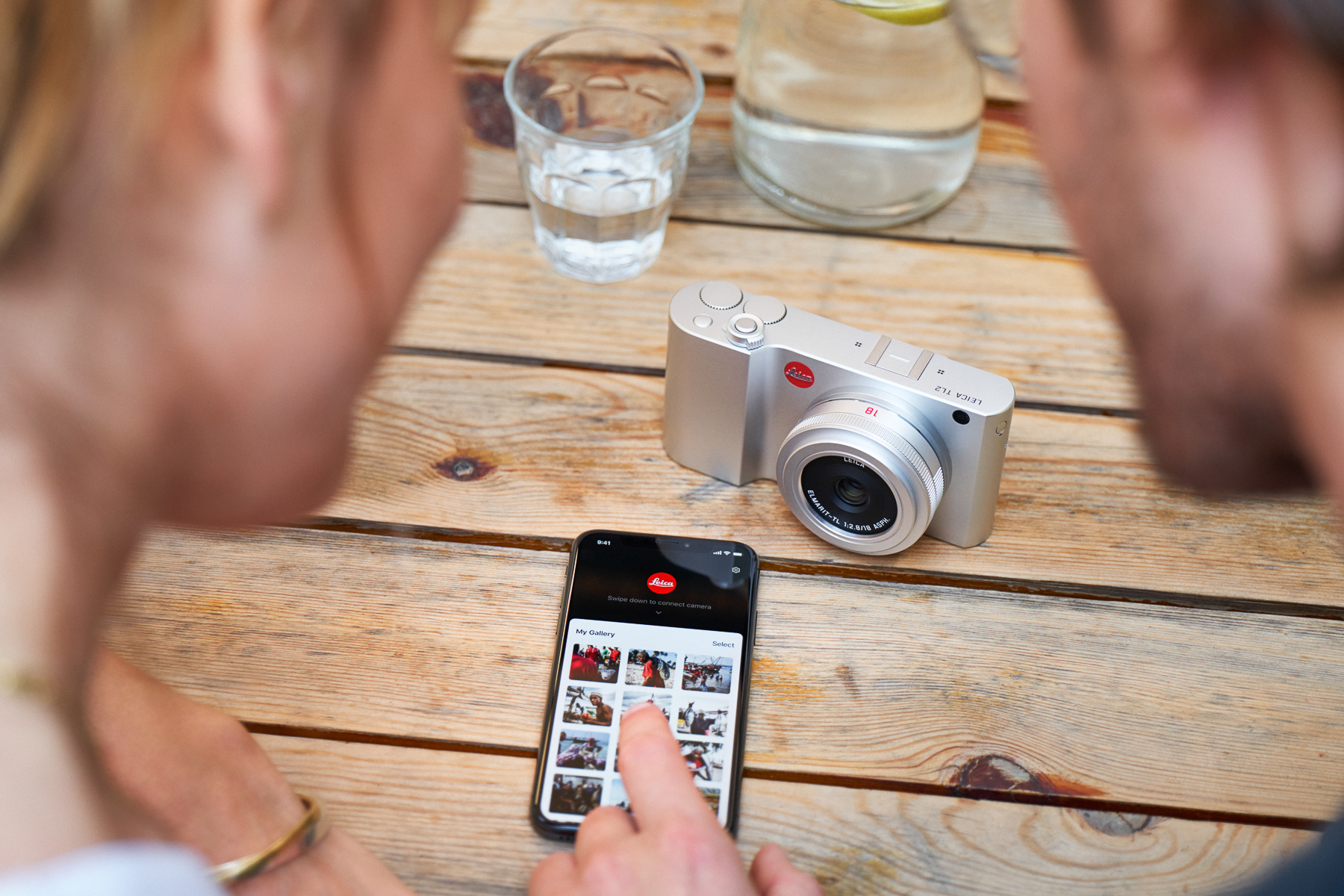 Leica Releases New FOTOS App for Wi-Fi Connectivity | Red Dot Forum