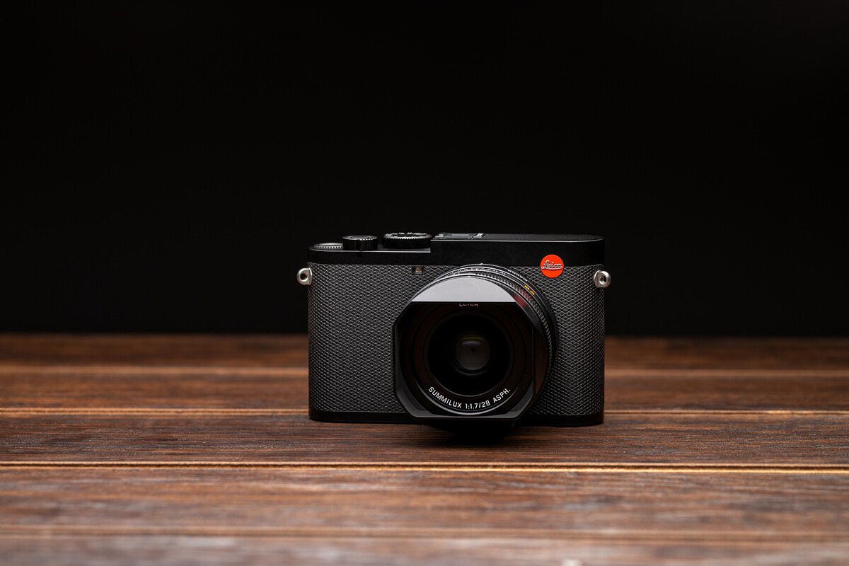 Leica Q2 Announced: 47 Megapixels + Weather Sealing | Red